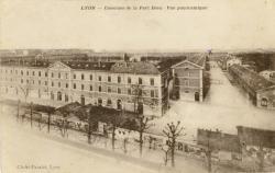 Lyon : Casernes de la Part-Dieu ; Vue panoramique.