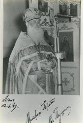 [Le Père Victor Pouchkine]