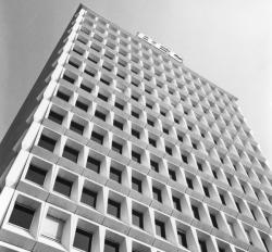 [Quartier de la Part-Dieu. Immeuble Part-Dieu - Garibaldi (P.D.G.)]