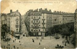 Lyon : Place du Pont ; cours Gambetta et rue Paul-Bert.