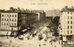 Lyon : Cours Gambetta.