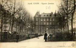 Lyon : Square Jussieu