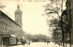 Lyon : Place de la Charité.