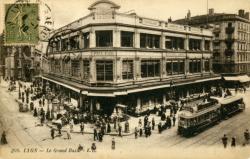 Lyon : Le Grand Bazar.