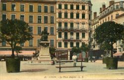 Lyon : Place Ampère.