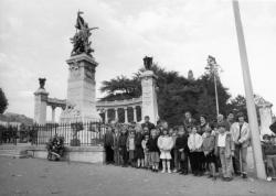 [Cérémonie au Monument des Enfants du Rhône]