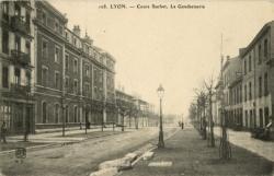 Lyon : Cours Suchet ; La Gendarmerie.