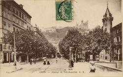 Lyon : Avenue de l'Archevêché.