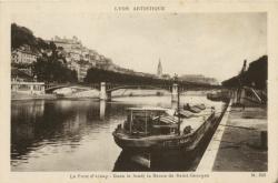 Lyon artistique : Le Pont d'Ainay ; dans le fond : la flèche de Saint-Georges.
