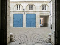 [5, place Antonin-Poncet]