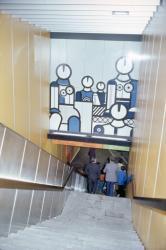 [Station de métro Hôtel-de-Ville - Louis-Pradel (ligne C)]