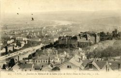 Lyon : Jonction du Rhône et de la Saône prise de Notre Dame de Fourvière.