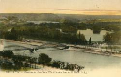 Lyon : Panorama du Parc de la Tête d'Or et le Pont de la Boucle.