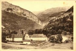 Dauphiné Massif de la Chartreuse : La Chartreuse-de Curière (840 m.) ; ancien Sanatorium de la Grande-Chartreuse (XIIe s.).
