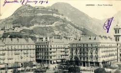 Grenoble : Place Victor-Hugo.