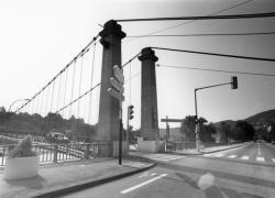 [Pont suspendu de Couzon-au-Mont-d'Or]