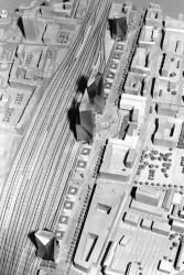 [Maquette pour l'entrée Est de la gare de la Part-Dieu (cabinet Pei, Cobb, Freed & Partners, architecte)]
