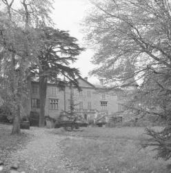 Habitations