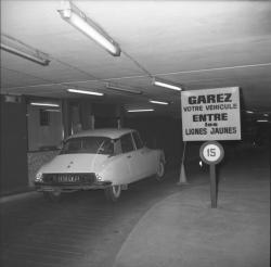 Place Bellecour : Parking