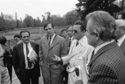 [Championnats du monde de cyclisme sur piste (1989) : dernière inspection du vélodrome Tête-d'Or par le comité d'organisation]
