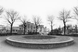 [Quartier de Gerland. Place Antonin-Perrin]