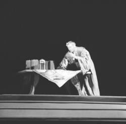 """Pièce """"Jules César"""" au Théâtre de Fourvière"""