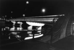 [Eclairage nocturne du pont Clemenceau]