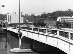 [Pont Kitchener]
