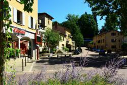 Genay, place de Verdun