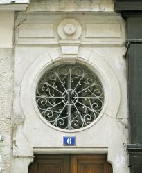 [6, rue Bossuet]