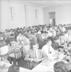 Conférence-repas