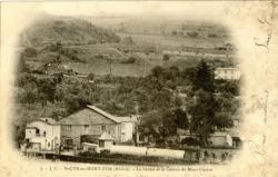 St-Cyr-au-Mont-d'Or (Rhône) ; La Ferme et le Coteau du Mont Cindre.