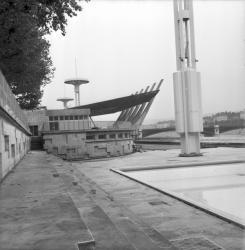 Bassin nautique en construction