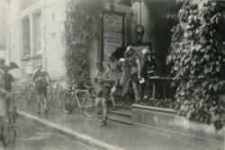 [L'arrivée du Tour à Aix-les-Bains]