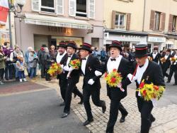 [Les conscrits, Villefranche-sur-Saône]