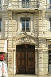 [10, place Carnot]