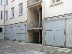 [5, place Louis-Chazette]