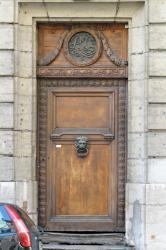 [33, rue Royale]