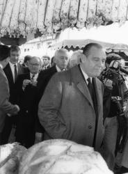[Raymond Barre au 60e Marché des Vins d'Ampuis (1988)]