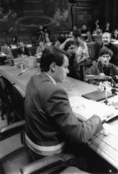 [Conseil municipal de Lyon : séance du 24 mars 1989 (élection et installation de Michel Noir)]