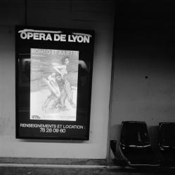 """[Opéra national de Lyon. Affiche d'Enki Bilal pour """"Roméo et Juliette""""]"""