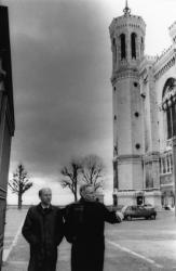 [Mgr Jacques Gaillot en visite à Lyon]