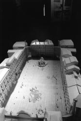 [Ville de Lyon. Exposition des projets pour l'aménagement de la place des Terreaux (projet Jourda & Perraudin)]