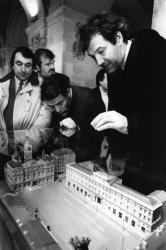 """[Ville de Lyon. Exposition des projets pour l'aménagement de la place des Terreaux (projet de l'Atelier """"Bureau de Paysages"""")]"""