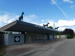 Hippodrome de Parilly : entrée officielle