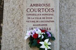 Place Ambroise-Courtois