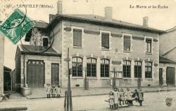 Lentilly (Rhône) : La mairie et les Ecoles