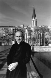 [Abbé Christian Laffargue, prêtre de la fraternité Saint-Pierre]