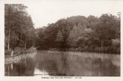 Château des Halles (Rhône). - Le Lac