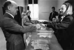 [Elections cantonales de 1992 (1er tour). Vote de Gilbert Chabroux à Villeurbanne]